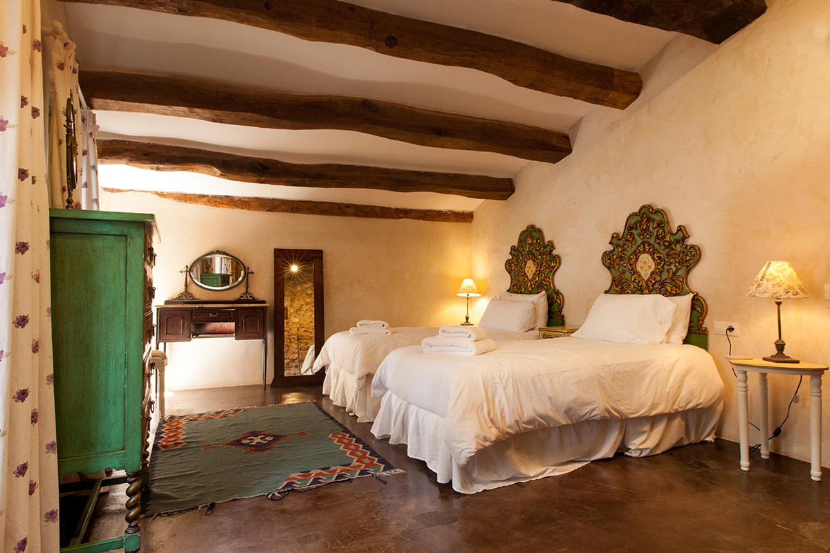Stable House Bedroom 13