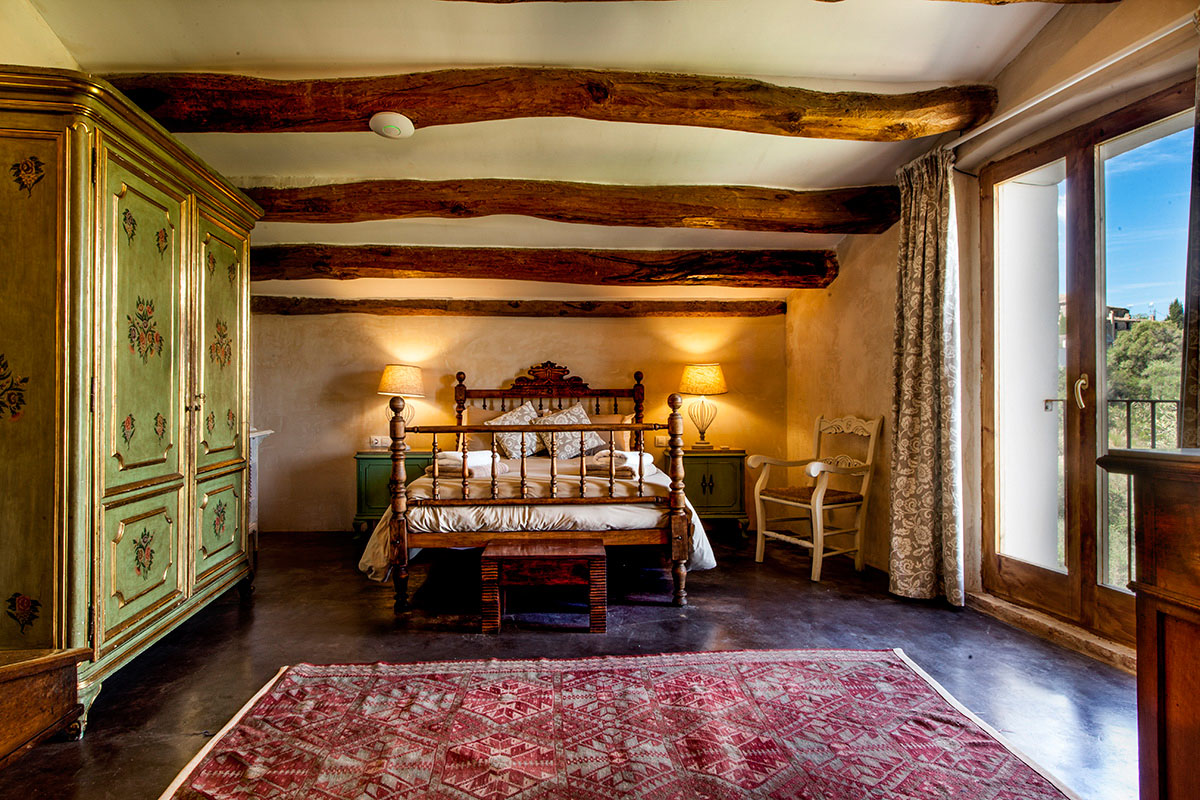 Stable House Bedroom 16