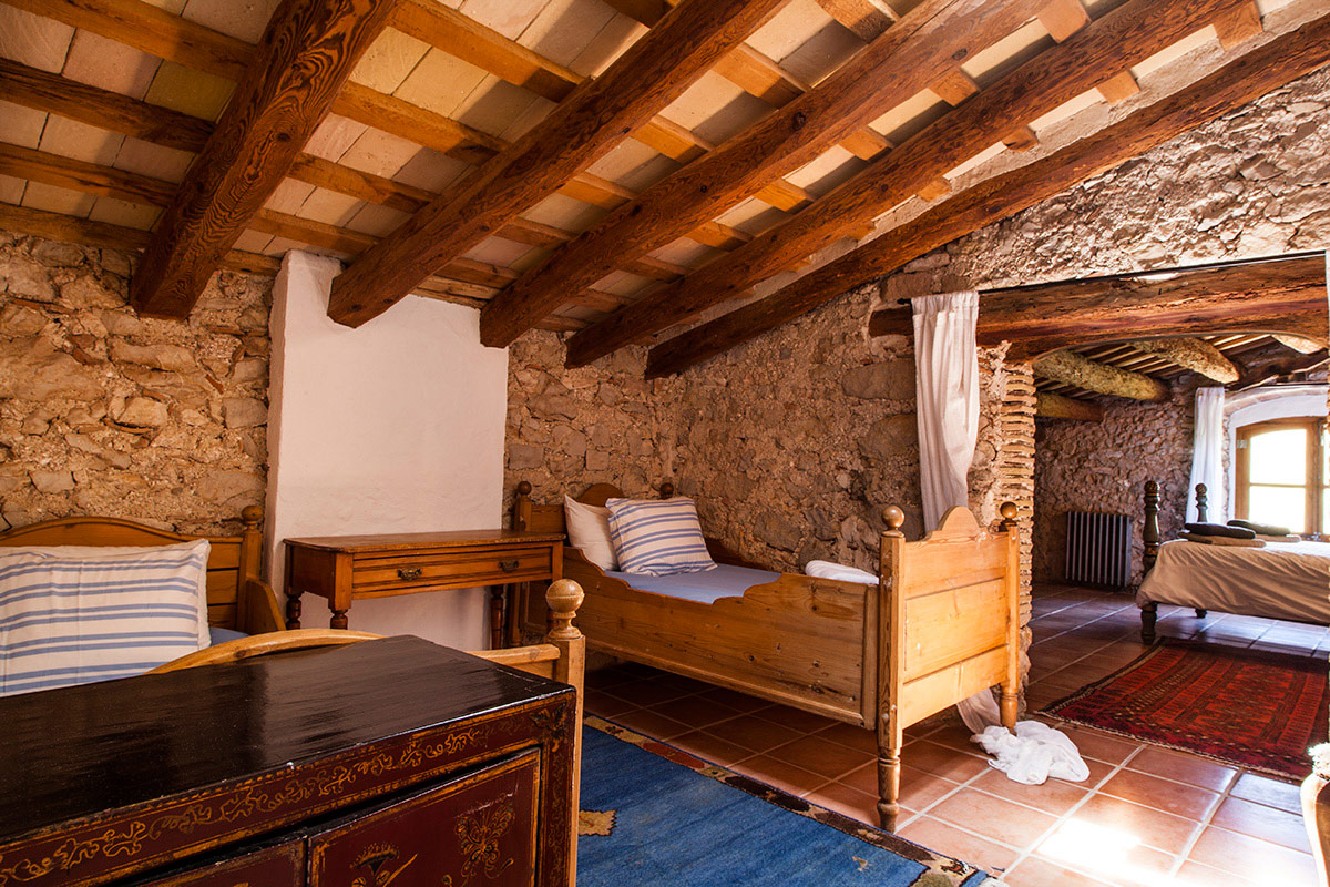 twin-cottage-bed